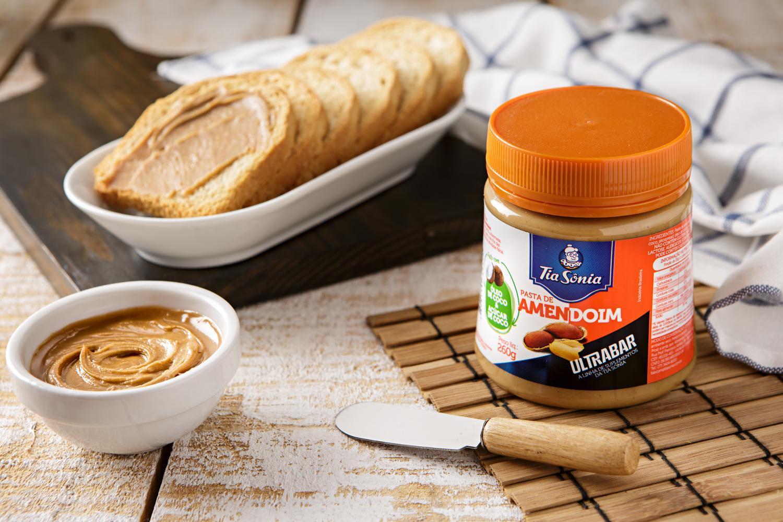 Pasta de Amendoim: Origem e Benefícios
